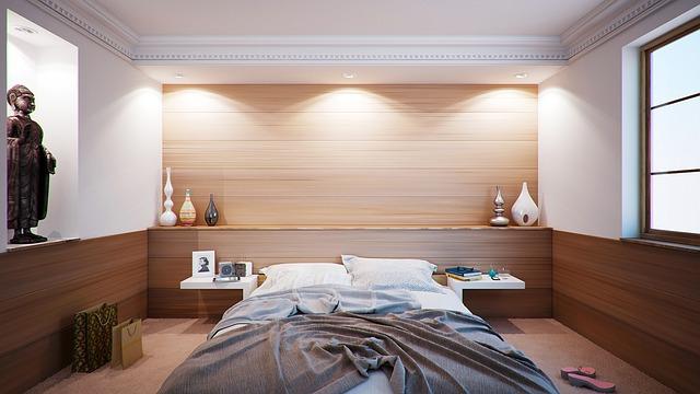 vázičky u postele