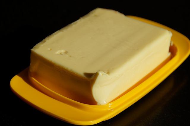 miska na máslo
