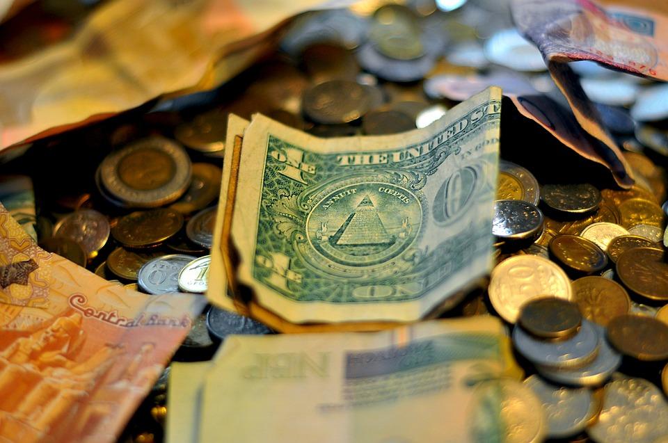 poházené peníze